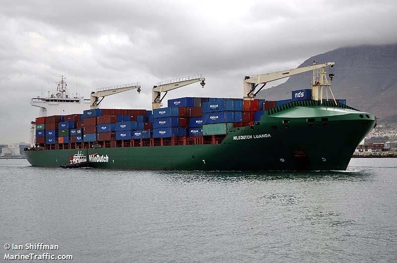 Porto de Luanda sofre com a quebra das importações