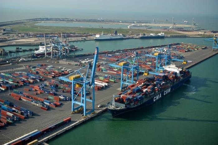 Zeebrugge - Container Handling Zeebrugge