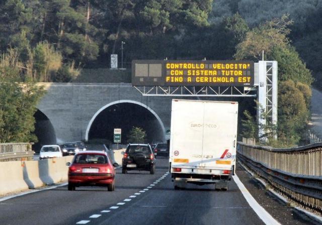 camiões - estradas - itália