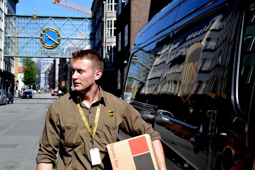 UPS - Worldwide Express