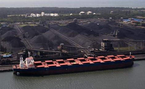 Porto da Beira - termina de carvão