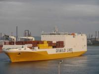 Grimaldi aumenta em 50% oferta no serviço para Angola