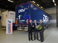 Schmitz Cargobull equipa DSV com 3 000 lonas
