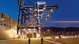 Bruxelas investiga fraude fiscal através do porto do Pireu