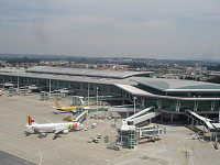 Aeroportos: Porto e Lisboa lideram crescimento da Vinci