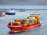 CMA CGM compra Containerships