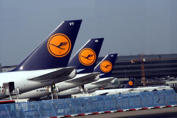 Lufthansa vai receber 9 mil milhões de euros