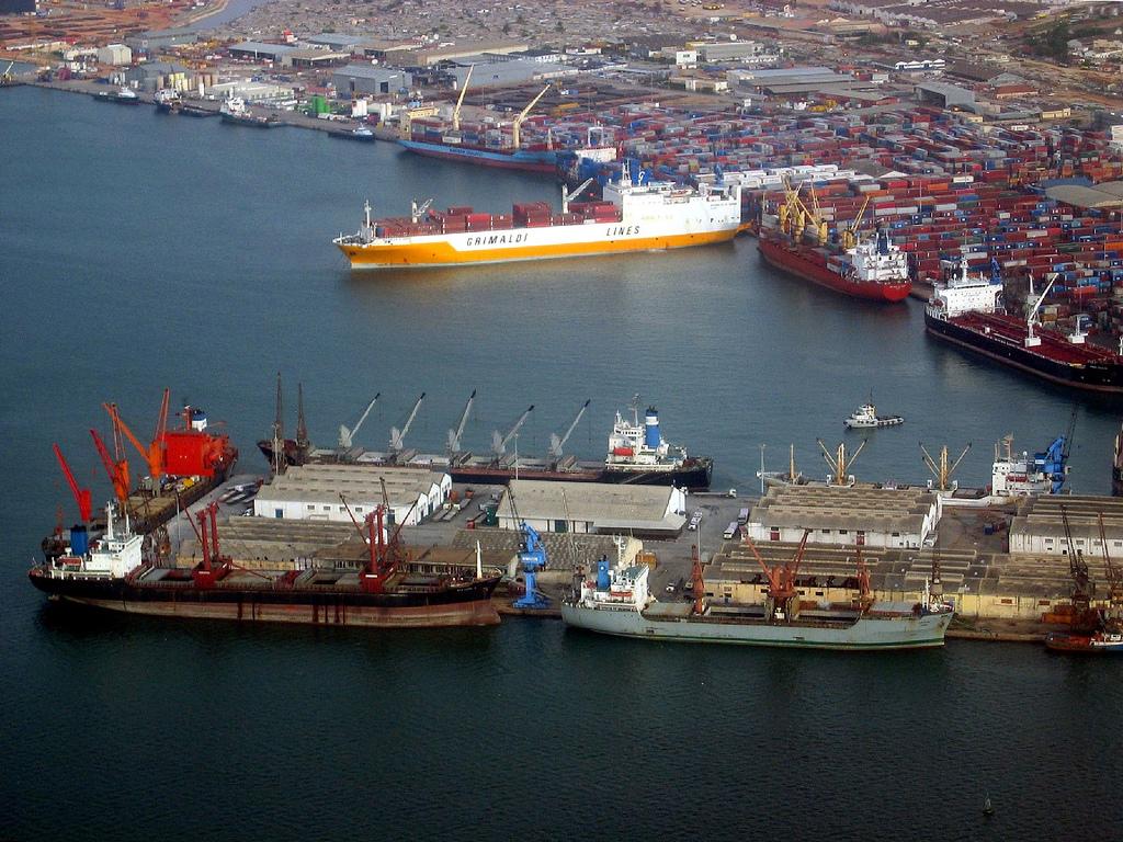 Angola - Porto de Luanda
