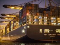 Transporte marítimo de contentores crescerá até 3,8% ao ano