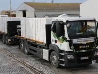 Mega-camiões valem prémio à Luís Simões