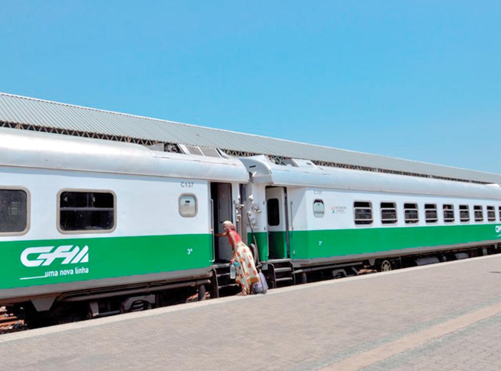 Moçambique compra à China mais carruagens e autocarros