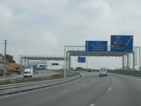 Bruxelas defende portagens nas estradas europeias