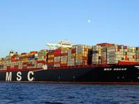 ITF questiona vantagens dos mega-navios