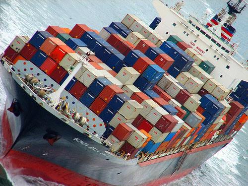 Navio contentores