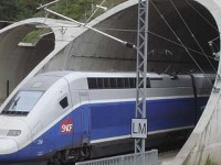 Injecção de capital salva AV Espanha-França da falência