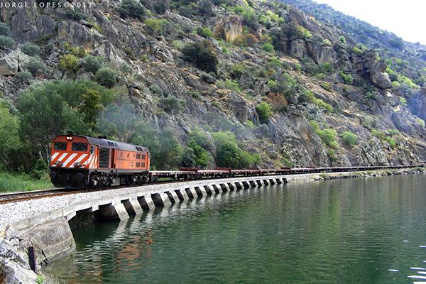 Modernização da Linha do Douro até à Régua só depois de 2020