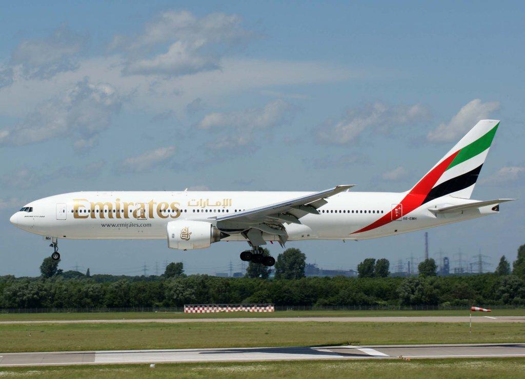 Emirates-B777-200ER