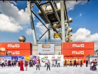 Porto de Roterdão testa platooning de camiões