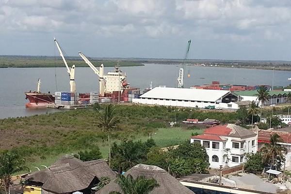 Porto de Quelimane - Moçambique