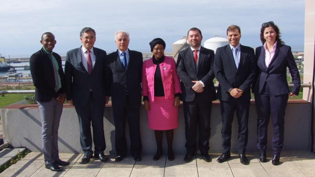05_Embaixadora da África do Sul visitou o Porto de Sines
