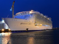 Harmony of the Seas pronto a receber 6 410 turistas