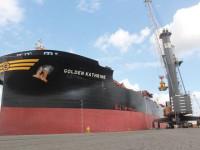 Porto de Maputo recebeu o maior navio de sempre