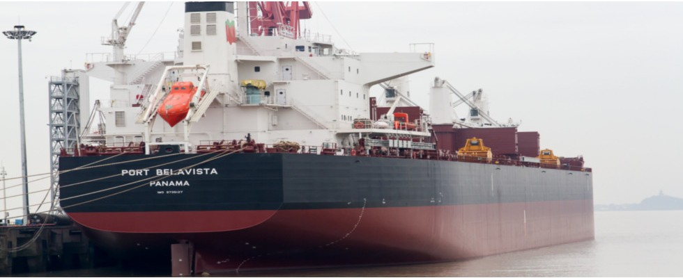 Frota mundial supera dois mil milhões de DWT - Transportes & Negócios