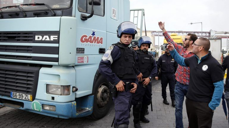 ANTRAM alerta para os atrasos provocados pela greve dos estivadores