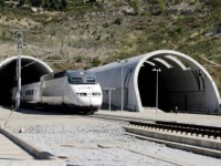 Túnel AV sob os Pirinéus à beira da liquidação