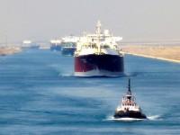Canal do Suez com números de tráfego recorde