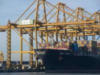 Valência investe 130 milhões para operar navios de +20 000 TEU