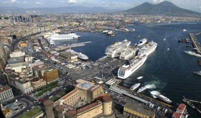 Porto de Nápoles