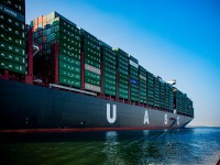 Hapag-Lloyd afasta encomendas de navios nos próximos anos