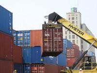 Portugal compra mais e vende menos a Angola