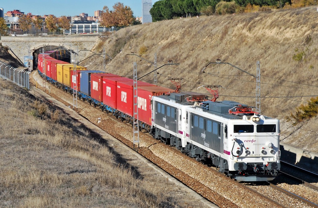 Adif quer uma AE ferroviária
