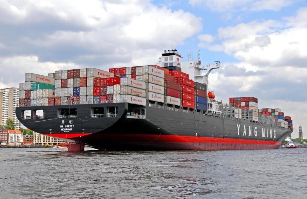 Yang Ming freta dez navios de 11-12 mil TEU