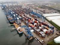 Brasil estuda privatizar dragagens nos portos