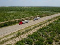 Daimler Trucks vai testar platooning nos EUA