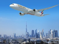 Emirates compra 40 Boeing 787 Dreamliner