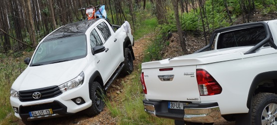 Toyota lança duas novas versões da Hilux