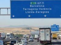 Espanha desvia camiões para as auto-estradas na Catalunha