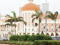 Angola suspende contratos sem financiamento