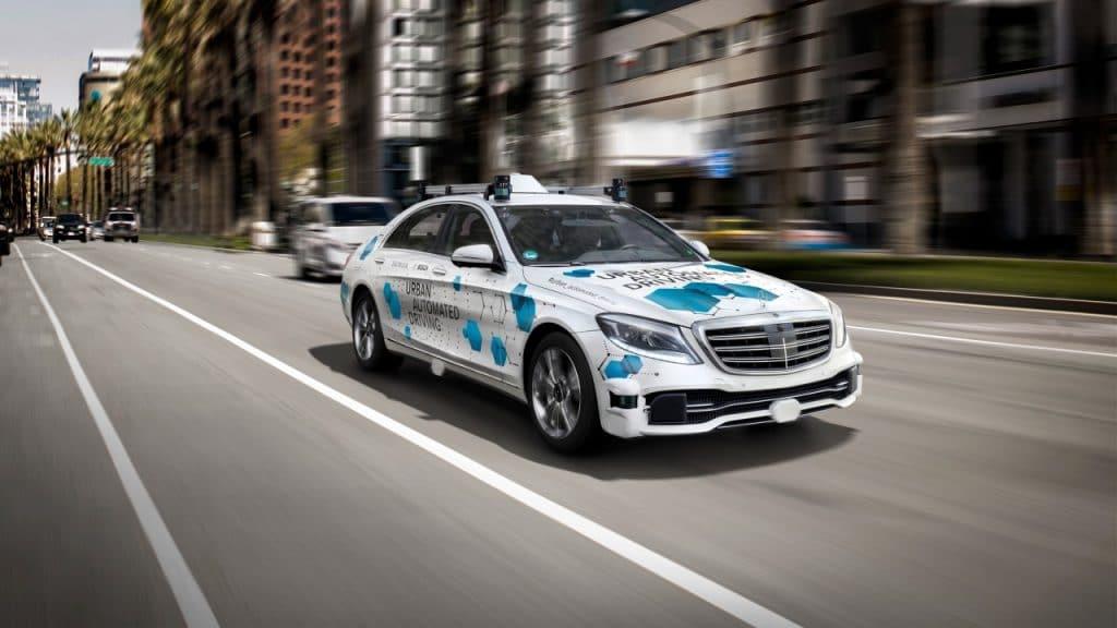 Testes do táxi-autónomo realizar-se-ão em 2019