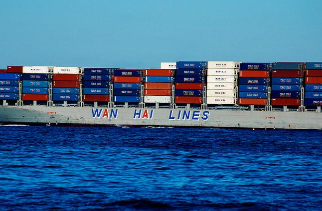 Wan Hai Lines tem opção para mais oito navios