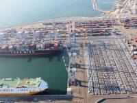 Trabalhadores impedem privatização do porto de Ashdod
