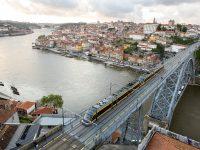 Metro do Porto terá 56 milhões para composições