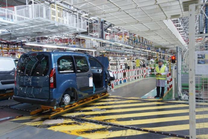 PSA vai produzir em Vigo furgão para a Toyota
