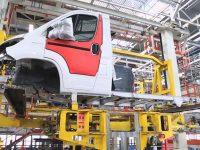 Fiat e PSA prolongam parceria em Itália