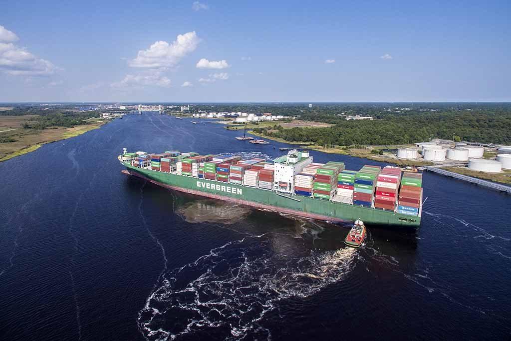 Evergreen acrescenta 1000 TEU aos navios da classe L