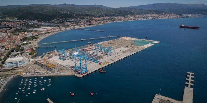 Terminal semi-automatizado de Vado Ligure será o primeiro de Itália